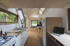 Un aménagement de Tiny house fonctionnel et ergonomique.