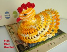 \ PINK ROSE CROCHET /: Galinhas de Páscoa em Crochê Easter Crochet, Crochet Crafts, Crochet Toys, Crochet Projects, Free Crochet, Knit Crochet, Bolero Pattern, Chicken Pattern, Crochet Chicken