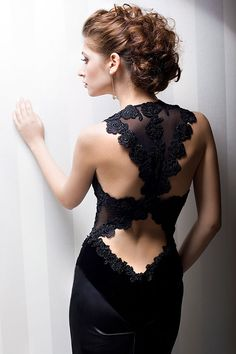 ♡ Idea for a blouse saree blouse Sexy back./ open back of women ladies fashion styles. Beautiful / gorgeous