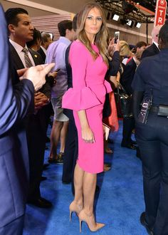 MELANIA Trump's fashion evolution spans from cleavage-baring evening wear to a more fashion forward and conservative style. Spin, Trump Photo, Malania Trump, Conservative Fashion, Intelligent Women, Florida, Evolution Of Fashion, First Lady Melania, Ivanka Trump