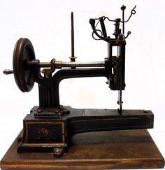 very rare antique sewing machine HURTU et HAUTIN modell machine a coudre Antique Sewing Machines, Rare Antique, Vintage Posters, Vintage Antiques, Ebay, Sew, Scale Model, Poster Vintage, Vintage Sewing Machines