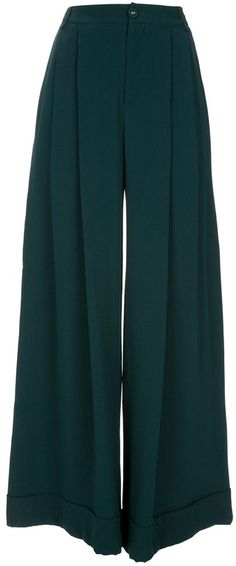 Palazzo pant. killlerrrr.  In my heart, I'm tall enough to wear these! Lol
