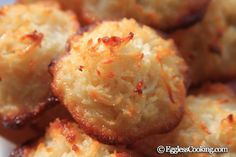 A simple easy recipe to make coconut macaroons eggless using condensed milk, milk, cashew nuts, cardamom powder and shredded sweetened coconuts. Eggless Desserts, Eggless Recipes, Eggless Baking, Just Desserts, Paleo Recipes, Coconut Cookies, Coconut Macaroons, Macarons, Coconut Milk