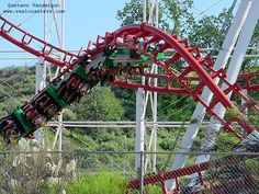 Viper photo from Six Flags Magic Mountain
