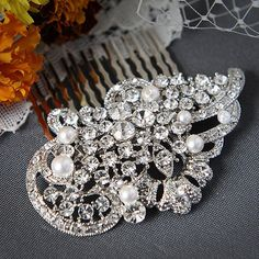 ALICE - Vintage Style Rhinestone and Swarovski Crystal Pearl Bridal Hair Comb in White or Ivory, Art Deco Pearl Wedding Hair Accessories