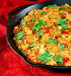 My Vegan Paella with veggies is a meatless version of the popular Spanish Paella, with vegetables, beans, red peppers and vegan sausage.