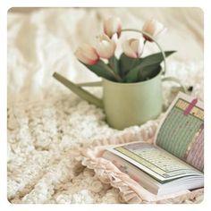Find images and videos about flowers, quran and islam koran on We Heart It - the app to get lost in what you love. Quran Pak, Islam Quran, Whatsapp Dp, Islamic Art, Islamic Quotes, Allah, Quran Wallpaper, Juma Mubarak, Quran Sharif