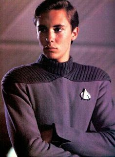 Young Wil Wheaton gives me shivers, so hot lmfao Wesley Crusher, Wil Wheaton, Star Trek Collectibles, Star Trek Beyond, Kim Basinger, Back To The Future, Stand By Me, Cute Guys, Movie Stars