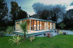 modern Houses by Boutique Modern Ltd