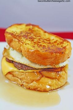 French Toast Sandwiches - This is a decadent breakfast sandwich. French Toast, Sausage, Egg and cheese. Breakfast Desayunos, Breakfast Dishes, Breakfast Recipes, Breakfast Sandwiches, Mexican Breakfast, French Toast Sandwich, Tostadas, Little Lunch, Overnight Oats