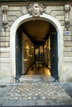 L'Eclaireur # boutique parisienne # parisian store # concept store # 10 Rue Hérold, Paris I # mimiemontmartre