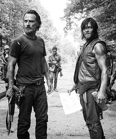 Rick and Daryl - The Walking Dead season 5 Walking Dead Series, Walking Dead Season, Fear The Walking Dead, Random Walk, Daryl And Rick, Melissa Mcbride, Dead Inside, Stuff And Thangs, Andrew Lincoln