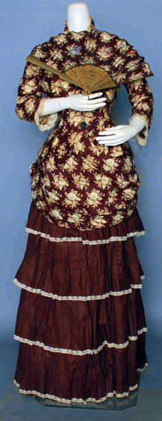The Me I Saw | Dress and matching fan, 1880s. Inspiration for the Saturn 5 moon rocket ?