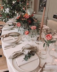 Discover recipes, home ideas, style inspiration and other ideas to try. Table Setting Inspiration, Advantages Of Watermelon, Any Images, Interior Exterior, Dining Set, Free Food, How To Memorize Things, Table Settings, Tablescapes