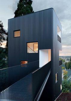 /Tower House / Benjamin Waechter Architect Dedicated to deliver superior interior acoustic experince.  www.bedreakustik.dk/home