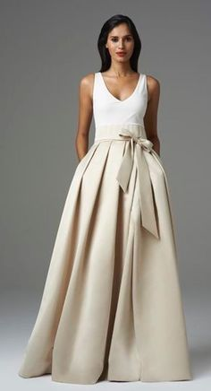 Top Fashion 15 Long skirt models - wedding and bride, En Moda 15 Uzun Etek Modelleri Top Fashion 15 Long skirt models A Line Prom Dresses, Wedding Dresses, Gown Wedding, Bridesmaid Dresses, Mode Pop, Mode Inspiration, Mode Style, Dress Me Up, Dress To Impress