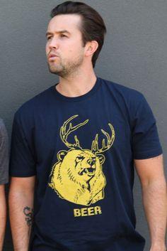 Mac wearing a cool shirt #It's Always Sunny in Philadelphia