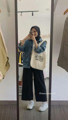 Modern Hijab Fashion, Street Hijab Fashion, Hijab Fashion Inspiration, Ootd Fashion, Fashion Outfits, Stylish Hijab, Casual Hijab Outfit, Ootd Hijab, Modest Outfits Muslim