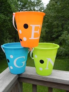 Personalized Sand Buckets Tutorial