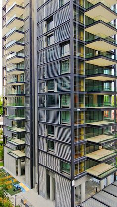 June CONTEST! COMMENT on the projects displayed on buildyful.com WIN 100 USD! Find out more on buildyful.com #architecturestudents~~Urban Resort - Kerry Hill