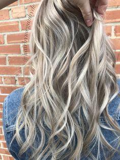 Dimensional blonde #balayage #shadowroot #dimensional #dimension #blonde #whiteblonde #beige #white #hair #long #longhair #curls