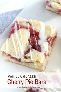 Easy cherry pie bar recipe from scratch. You can either use canned cherry pie filling or make your own with fresh cherries in this easy cherry dessert recipe. It is perfect for the 4th of July or summer picnics and BBQs. Mini Desserts, Easy Summer Desserts, Cherry Desserts, Summer Dessert Recipes, Just Desserts, Desserts With Cherries, Cherry Pie Filling Desserts, Easy Fruit Desserts, Summer Fruit