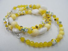 "Yellow and White Floral Motif Lampwork Beaded Necklace - 24"" Length with Silvertone Finishes"