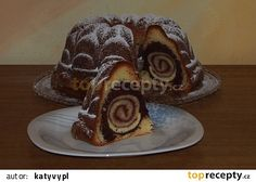 Bábovka s roládou recept - TopRecepty.cz Bunt Cakes, 3d Cakes, Cake Topper Tutorial, Cake Toppers, Czech Recipes, Biscuit Cookies, Sweet Bread, Pound Cake, Graham Crackers
