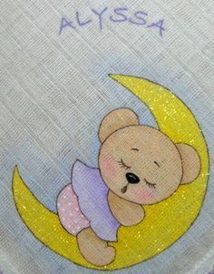 Little Bear laying on crescent moon - Color Image >Cantinho arts da Mari Baby Embroidery, Hand Embroidery Designs, Embroidery Stitches, Art Drawings For Kids, Drawing For Kids, Cute Drawings, Fabric Paint Shirt, Fabric Painting, Baby Quilt Patterns
