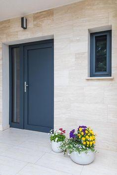 Garage Doors, Windows, Pretty, Outdoor Decor, Modern, Home Decor, Trendy Tree, Decoration Home, Room Decor