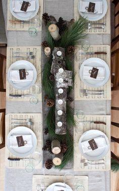 Neutral & Natural Christmas Tablescape - using Chistmas sheet music as placemats Natural Christmas, Noel Christmas, Rustic Christmas, Winter Christmas, Vintage Christmas, Scandinavian Christmas, Beautiful Christmas, Modern Christmas, Simple Christmas