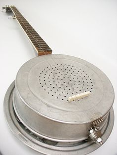 Looks like a cake tin and baking tray with strings!! Aluminum Dobro 5String Bluegrass Banjo by RainyDayInstruments, $420.00
