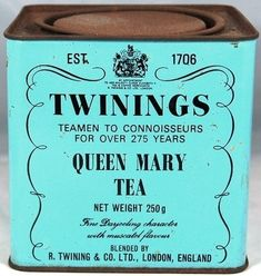 Ideas For Vintage Deko Cafe Twinings Tea, Tiffany Blue, Tin Containers, Vintage Tins, Vintage Pantry, Vintage Packaging, Tea Tins, Tea Caddy, Tea Art