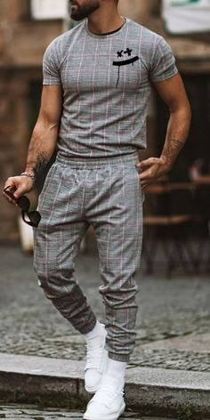 Stylish Mens Outfits, Casual Outfits, Men Casual, Fashion Outfits, Mens Fashion Suits, Mens Suits, Suits You, Street Outfit, Street Clothes