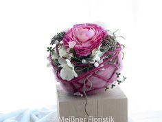 Gesteck+Kugel+Tischdeko+Hochzeit+/+Kommunion++von+Meißner+Floristik+auf+DaWanda.com