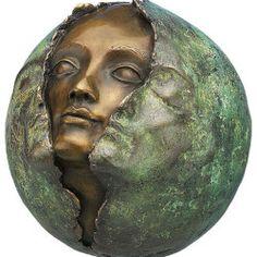 """Bronze-Skulptur """"Metamorphose"""" von Maria-Luise Bodirsky, http://www.kunstplaza.de/online-galerie/"""