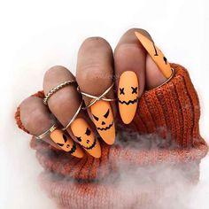 Holloween Nails, Cute Halloween Nails, Halloween Acrylic Nails, Fall Acrylic Nails, Halloween Nail Designs, Acrylic Nail Designs, Nail Art Designs, Halloween Costumes, Halloween Halloween