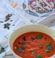 κρυα ντοματοσουπα!!. Chana Masala, Salsa, Vegetarian Recipes, Curry, Mexican, Vegan, Ethnic Recipes, Greek, Hobbies