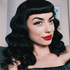 14 Short Bang Womens Wigs Rockabilly Vintage Wig with Bangs Heat Resistant Synthetic Wavy Wigs for Women African American Hair 296463587972901382 Vintage Short Hair, Vintage Bangs, 1940s Hairstyles, Hairstyles With Bangs, Hairstyle Ideas, Bob Hairstyle, Moda Pinup, Betty Bangs, Estilo Pin Up