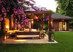 48 Amazing Traditional Patio Setups For Your Backyard Backyard Patio Designs, Backyard Landscaping, Tropical Backyard, Home Garden Design, Home And Garden, Casa Patio, Courtyard House Plans, House With Porch, Dream House Exterior
