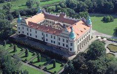 Santi Gucci zamek w Baranowie