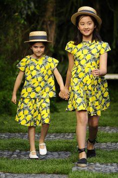 Niños Desfile Bonpoint Kelly Rutherford, Little Fashion, Boy Fashion, Fashion Dresses, Young Fashion, Summer Outfits, Girl Outfits, Summer Dresses, Espadrilles
