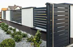 Front Wall Design, House Fence Design, Door Gate Design, Gate Designs Modern, Modern Fence Design, Metal Garden Gates, Architectural Design House Plans, Backyard Fences, House Entrance