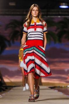 Tommy Hilfiger Ready To Wear Spring Summer 2016 New York - NOWFASHION