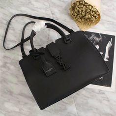 Saint Laurent Shoulder Bag 75093 All Black Ysl Handbags, Handbags Online, Cheap Designer Handbags, Replica Handbags, Designer Bags, Yves Saint Laurent Bags, Ysl Bag, Bags 2018, Cloth Bags