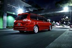 Минивэн Тойота Сиенна 2015 / Toyota Sienna 2015
