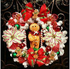 Gingerbread Christmas Wreth, cute & sweet