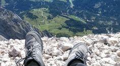 LowCost Race aneb Jak procestovat kus Evropy skoro bez peněz Hiking Boots, Racing, Walking Boots, Auto Racing, Lace, Walking Shoes