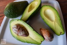 Sos de avocado - CAIETUL CU RETETE Avocado, Vegetarian Recipes, Cooking, Health, Blog, Baking Center, Salud, Koken, Blogging