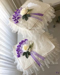 Wedding Gift Wrapping, Wedding Gifts, Hand Bouquet, Moda Emo, Envelope, Diy And Crafts, Wedding Decorations, Flower Girl Dresses, Wreaths